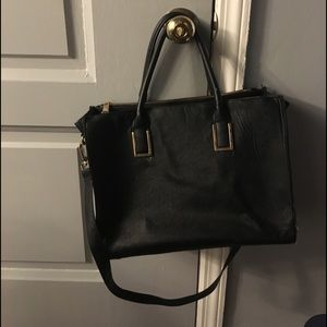 Black purse / travel bag